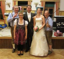 Hochzeit Katharina und Marcus in 84556 Kastl 2014 mit dem Hochzeits-Trio DIE TURBOS