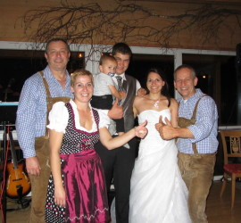 Hochzeit Tina und Philipp aus Piding am Ulrichshögl mit DIE TURBOS
